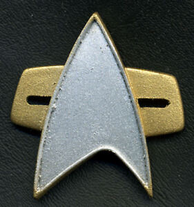 Star Trek Voyager / 1st Contact  Comm / Communicator Badge