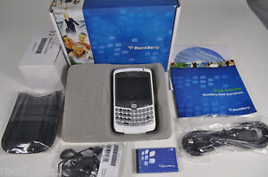 NEW BLACKBERRY 8300 CURVE WHITE UNLOCKED 2MP GSM AT&T T-MOBILE