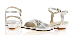 Ivory-Satin-Bridesmaid-Flower-Girls-Shoes-Sizes-9-10-11-12-13-1-2-Izzy-Low-Heel
