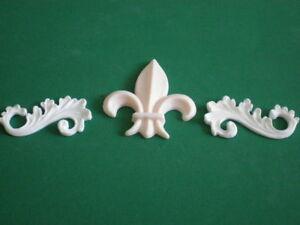 Decorative-Resin-Moulding-2-Scrolls-and-a-Fleur-De-Lys