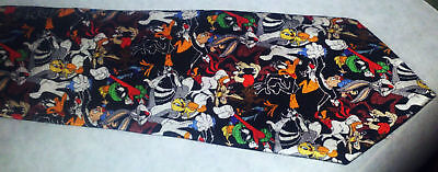 Looney Tunes Tie with Bugs Bunny and more 100% Silk