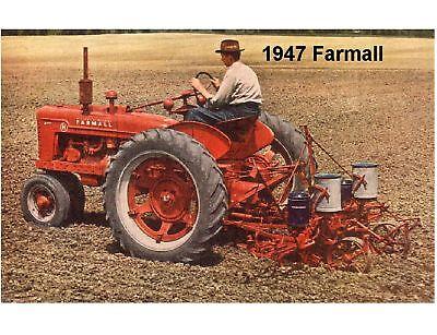 1947 Farmall International Harvester Tractor Refrigerator / Tool Box Magnet