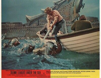 20,000 Leagues Under The Sea lobby card print # 4 - Kirk Douglas