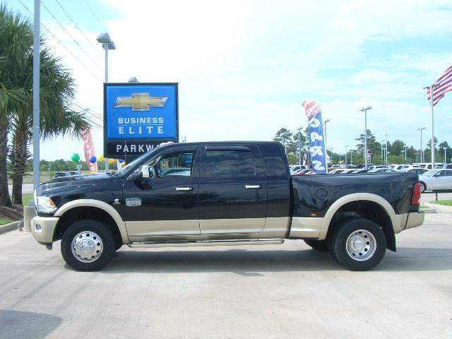2012 dodge ram 3500 4x4 dually mega cab longhorn 6 7l turbo diesel navigation. Black Bedroom Furniture Sets. Home Design Ideas