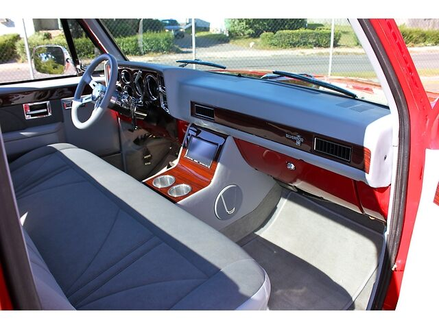 1987 Chevy Truck Fully Restored | Autos Post