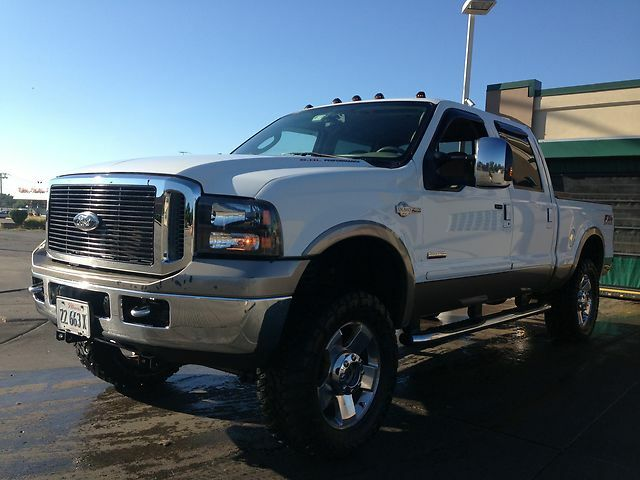 2006 Ford F 250 Super Duty King Ranch Crew Cab FX4 6 0L Diesel with EXTRAS
