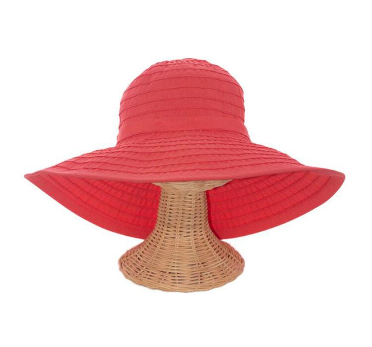 So finden Sie den passenden Damenhut für besondere Anlässe auf eBay