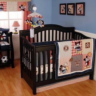 Sinnvolle Bettausstattung für Babys bei eBay finden