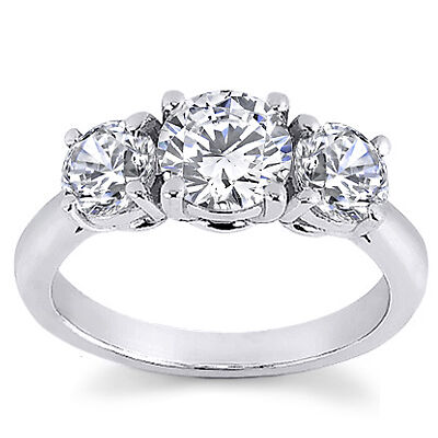 Three Stone Diamond Ring Buying Guide