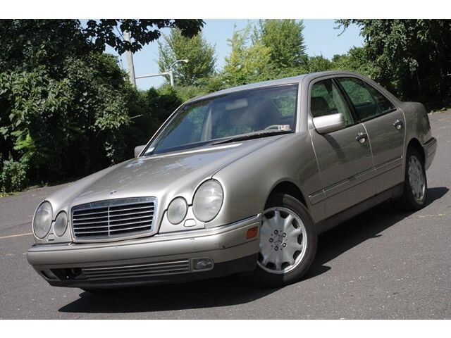 1998 Mercedes E300 Turbodiesel Gas Saver Sunroof Heated