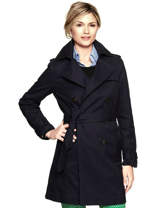 Your Guide to the Most Stylish Trench Coats