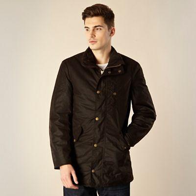 Für Männer, denen Wind und Wetter nichts ausmacht: Hochwertige Herren-Wachsjacken im britischen Stil
