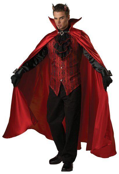 5 Essential Costume Accessories