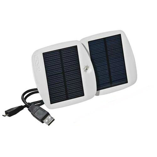 How to Simplify Travel By Purchasing a Solar Powered Battery Bank for Your Phone