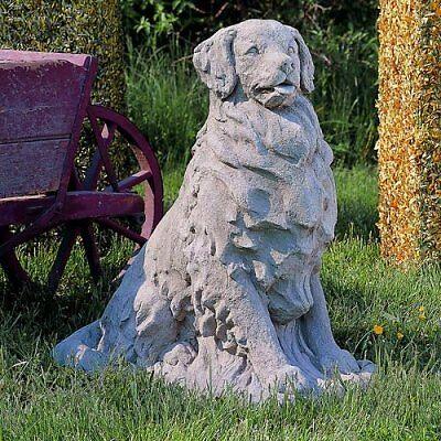Einkaufsratgeber für Hunde als Tierfiguren im Garten