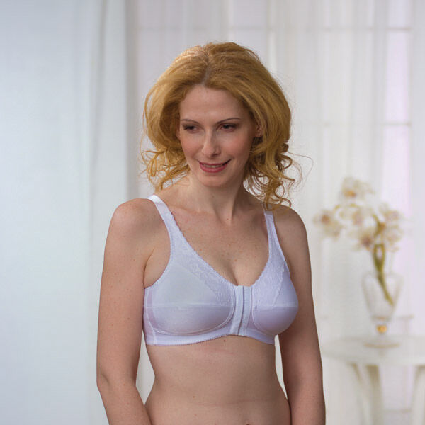 c061150641a0d Your-Guide-to-Buying-a-Minimiser-Bra-