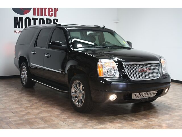 exceptionaly clean 1 owner 2010 gmc denali xl nav 3rd row. Black Bedroom Furniture Sets. Home Design Ideas