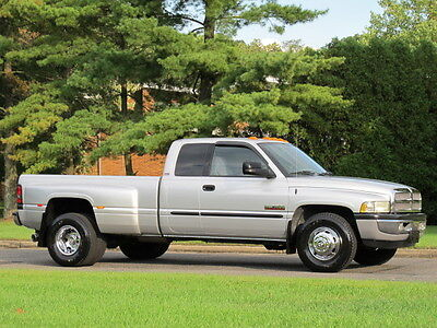 2002 Dodge RAM 3500 SLT Laramie DRW 5 9L Diesel 6 Speed 1 Owner Mint