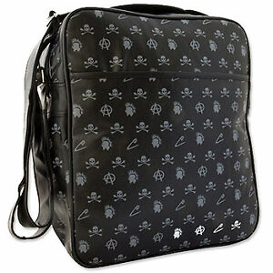 Every busy man needs a great bag so that he can carry essential items with  him wherever he goes. The market for men s bags has exploded in the last  decade. d0a3889c1cb7d