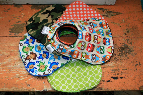 Vom Lätzchen bis zum Schuhschoner – nützliche Extras für Babys
