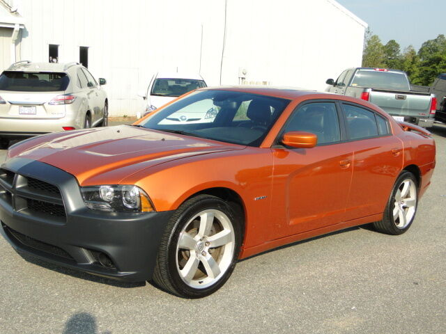 2011 dodge charger r t hemi repairable salvage title light damage salvage cars used dodge. Black Bedroom Furniture Sets. Home Design Ideas
