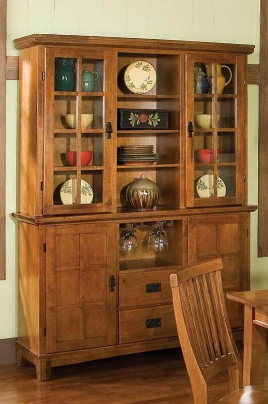 Tipps für den Kauf von Küchen- und Esszimmermöbeln: formschöne Buffetschränke mit viel Stauraum