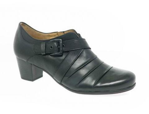 Ihre Füße werden Ihnen diese Qualität danken: Warum Damenschuhe aus Echtleder so bequem sind