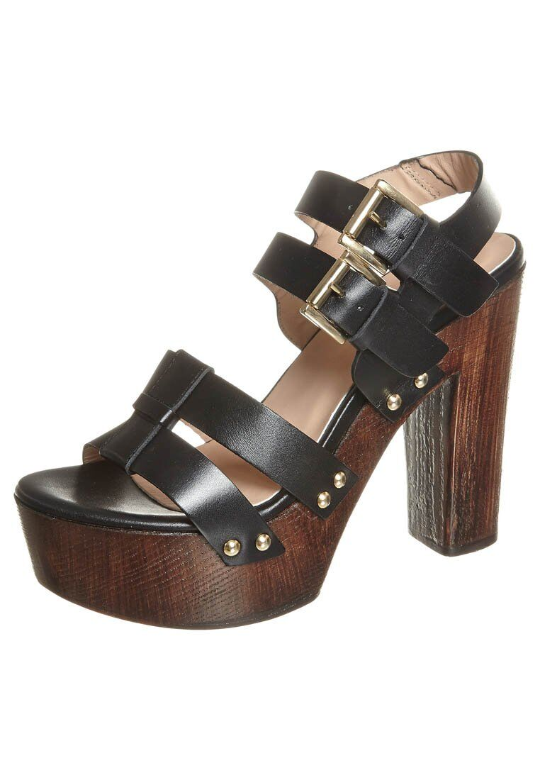 Womens sandals - 5 Tips On Purchasing Women S Sandals