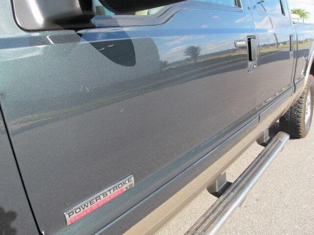 Ford F250 Super Duty Crew Cab Lariat 4x4 FX4 6 0L Powerstroke Diesel Clean