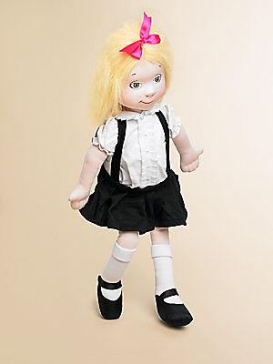 Verschiedene Puppen, verschiedene Materialien. Über welche Puppe freut sich Ihr Kind?