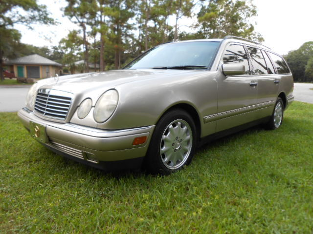 Rare find e320 wagon 41k original one owner miles south for Mercedes benz for sale by owner in florida