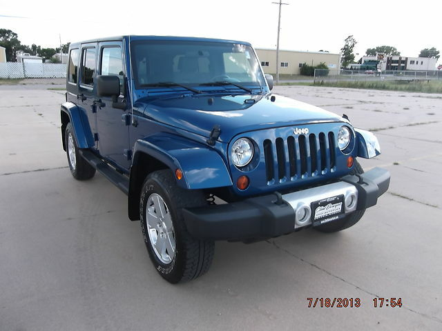 2010 blue jeep wrangler sahara unlimited 4 door 4wd used jeep wrangler for sale in emporia. Black Bedroom Furniture Sets. Home Design Ideas