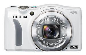 Fujifilm FinePix F800EXR Vs. Leica D-LUX 6 G-Star RAW