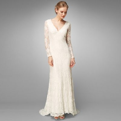 Your Guide to Buying a Lace Wedding Dress