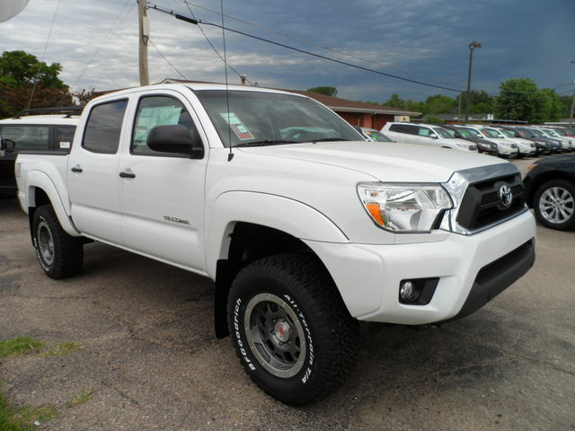 new 2013 toyota tacoma double cab 4x4 tx baja w trd off road pkg new toyota tacoma for sale. Black Bedroom Furniture Sets. Home Design Ideas