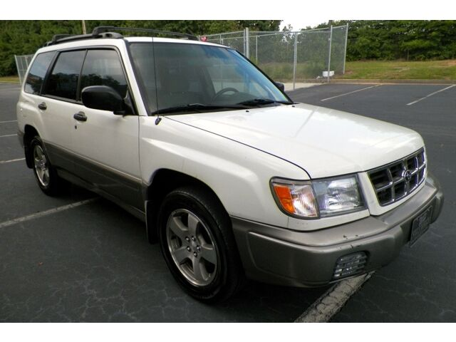 1998 subaru forester s awd georgia owned heat seats towing package no reserve used subaru. Black Bedroom Furniture Sets. Home Design Ideas