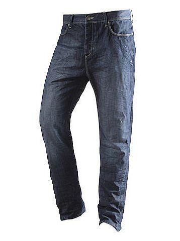 Was Männer beim Jeanskauf beachten sollten