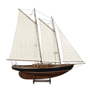 pond yachts how to sail and build them