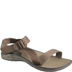 Men's Hiking Sandal Buying Guide