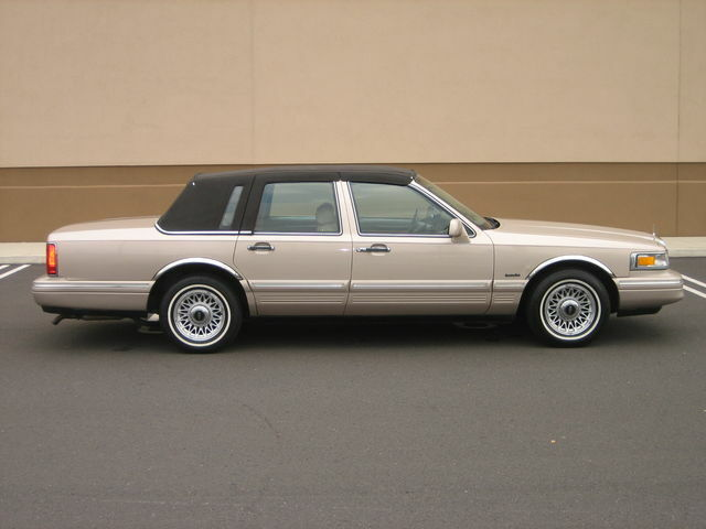 1997 96 95 Lincoln Town Car Executive 1own Only 56k Miles