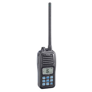 Icom-M24-Flash-N-Float-Handheld-Vhf-Radio-M24-01