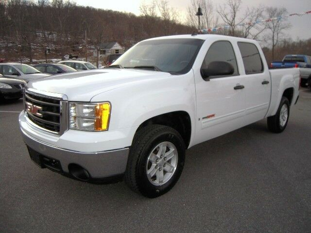 2007 gmc sierra 1500 crew cab 4wd 6 0l vortec max clean. Black Bedroom Furniture Sets. Home Design Ideas