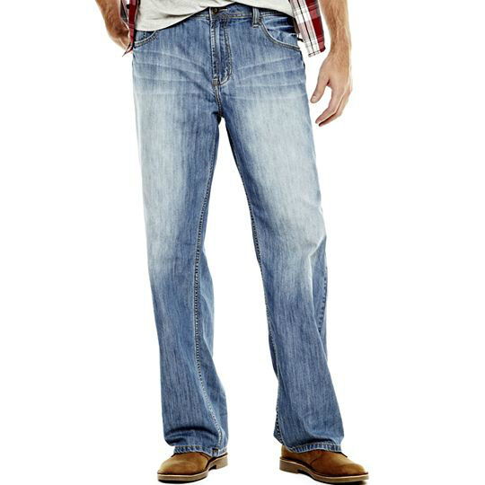 Your Guide to Buying Men's Relaxed Jeans