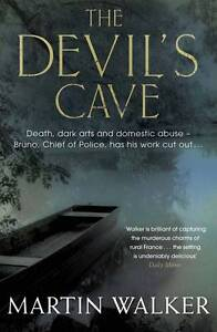 Walker, Martin, The Devil's Cave: Bruno, Chief of Police 5, Very Good Book