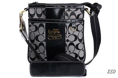 coach poppy purse outlet isqr  LINING/INTERIOR: Most Coach bag