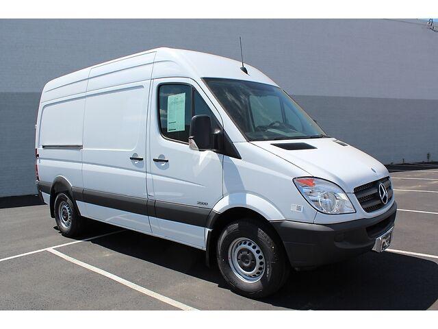 2013 mercedes benz sprinter 2500 cargo van high roof 144 for Mercedes benz sprinter cargo van for sale