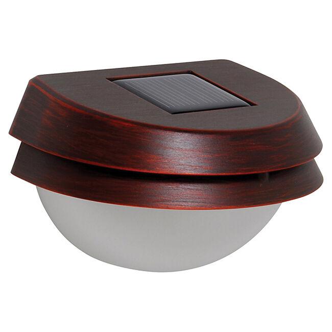 beleuchtung im garten ansprechende und energiesparende. Black Bedroom Furniture Sets. Home Design Ideas