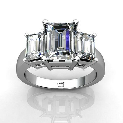 How to Buy an Emerald Cut Diamond Ring