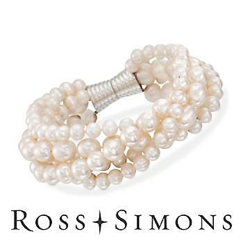 How to Buy a Silver Bracelet with Pearls