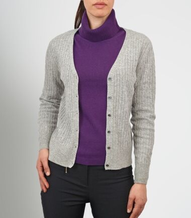 Your Guide to Buying Used Women's Cardigans